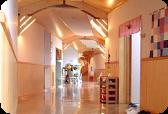 タイムトンネル(廊下) 帯広ひまわり幼稚園